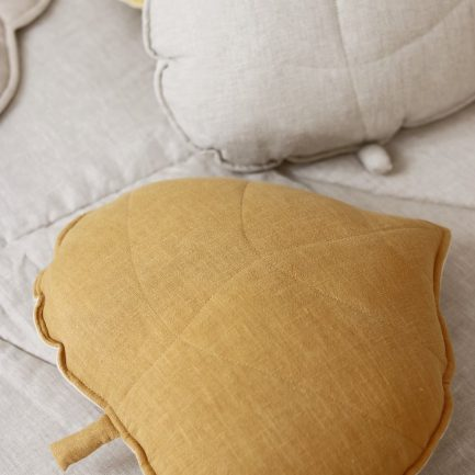 Coussin feuille, Moutarde, Moi Mili (lin)