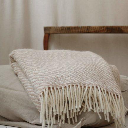 Couverture en laine, Moi Mili