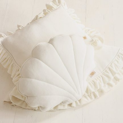 Coussin coquillage, Blanc, Moi Mili (velours mat)